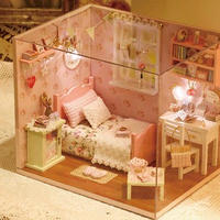 【ドールハウス】手作りDIYキット ミニチュアルーム ピンク