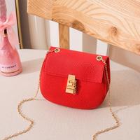 RED★gold chain shoulder bag-07