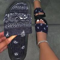24.5cm・25cm★即納★BLACK♡paisley flat sandal  sho-145