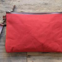 帆布とヌメ革のクラッチバッグ(赤)