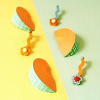 Flower Earring { melon }