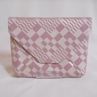 #数寄屋袋 #クラッチバッグ 洗い加工キャンバス スモーキーピンク色 市松 銀彩