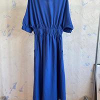 SP148512 Vネックコットンシャーリングドレス