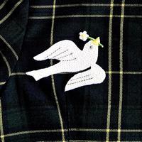 アイロンワッペン【白い鳥と花 ハト】アメリカ