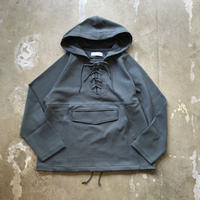 "bunt ""Knitted Corduroy Laceup Anorak"" / バント ""ニットコーデュロイレースアップアノラック"" (カーキ)"