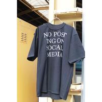 BODYSONG.  SOCIALTEE  BS19074
