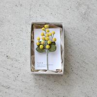 luca / ミモザのコサージュ