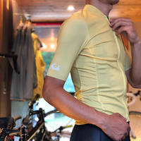 SHORT SLEEVE  LIGHT YELLOW