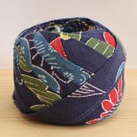 【10m】濃い藍色に色とりどりの松と菊模様・縮緬10m(10026)