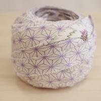 白地に薄紫の麻の葉柄・化繊2m(2006076)