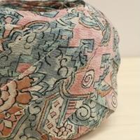 桜色にブルーグレーの更紗(蜀江文柄)・縮緬2m(2008008)