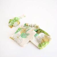 クリーム色に緑・黄・白の菊柄ターバン【作家:さちの木】