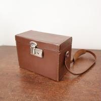 【古道具214】 古い革カメラケース  鍵付き