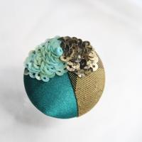 刺繍ブローチ(Kurumi和)ターコイズ(12月誕生石)
