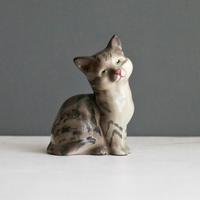 Vintage/England ROYAL DOULTON しま模様の猫