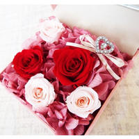 【プロポーズに!】プリザーブドローズのジュエリーボックス/pink