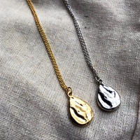 motif pendant Gold/ silver