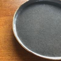 ucaco ceramicsさん/金彩プレート(グレー・大)