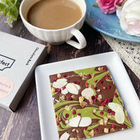 チョコレートバーク 抹茶&ラズベリー