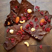 チョコレートバーク ナッツ&クランベリー