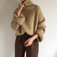 pola neck knit