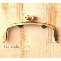 【HA-1559】17cm/くし型の口金/(ネコ玉×アンティークゴールド)