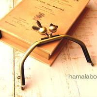6月6日販売開始!【HA-1715】台形型の口金13cm/(ウサギ玉×ネコ玉×アンティークゴールド)