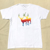 RAINBOW DEER T-shirts
