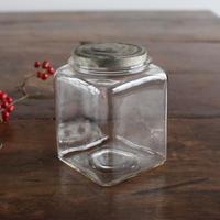 no 424    小さなガラス瓶 SGK