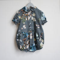 Baby Romper (gray flower) / Christina Rohde