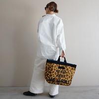 再入荷adjust strap tote giraffe logotip