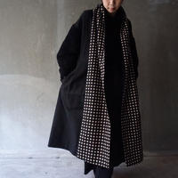long scarf  beaver black dots black