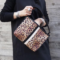 完売cross body leopard logotip