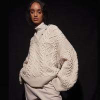Wool volume knit