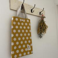 タブレットバッグ(からし色 × 白水玉模様)