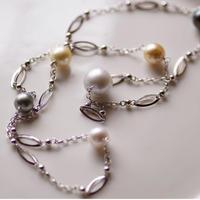 南洋真珠のロングネックレス