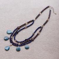 ブルー染めジャスパーとラピスのネックレス