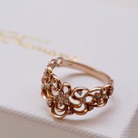 ピンクゴールドアラベスク模様のリング