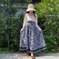 Ribbon motif skirt