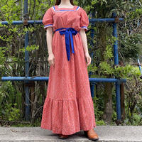 Puff sleeve country chic dress