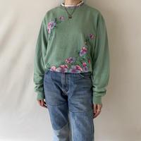 Dusty green flower pullover