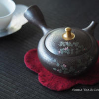 Flower on Tenmoku Oil Drops pattern Teapot, lid knob with gold, Tokoname Japan