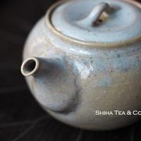 Hakusan 白山急須,  Soft grey and brown Side Handle Japanese Tokoname Ceramic Teapot Kyusu
