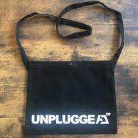 送料無料 UNPLUGGED オリジナルサコッシュ ショルダーバッグ【自社出荷:定形外郵便】