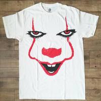 """『IT イット """"それ""""が見えたら、終わり。』ペニーワイズ Pennywise Splatter Face Tシャツ"""