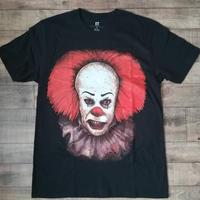 """『IT イット """"それ""""が見えたら、終わり。』ペニーワイズ  Tシャツ"""