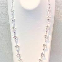 水晶とタンザナイトのロングネックレス
