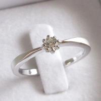 9万円の婚約指輪(エンゲージリング)