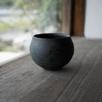 3-1 渋谷英一「地ノ器 植木鉢」 青 丸大