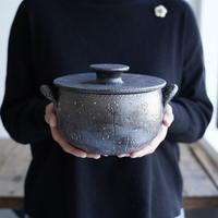 高須愛子 耐熱土鍋 搔き落とし花柄 A